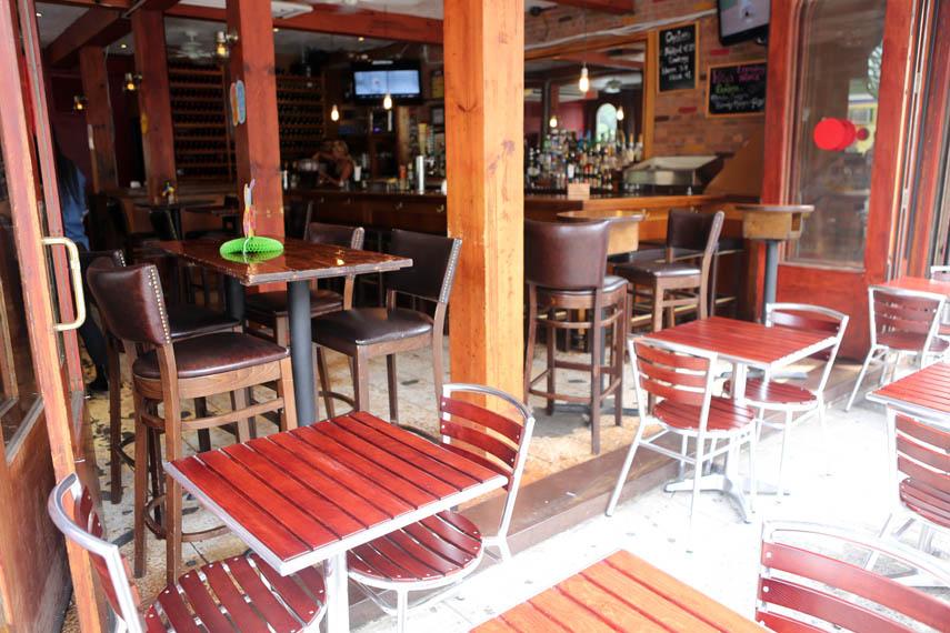 poco restaurant and bar manhattan sideways. Black Bedroom Furniture Sets. Home Design Ideas