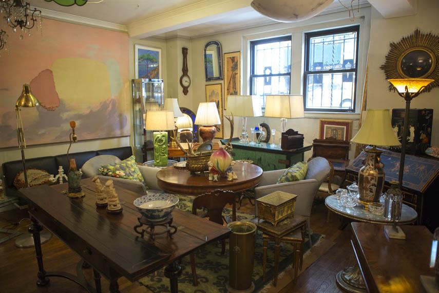e55 402 Sutton Place Antiques 1 - MH